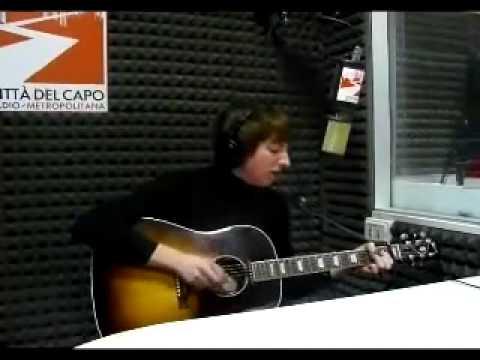 Eugene McGuinness - Fonz (live at Maps)