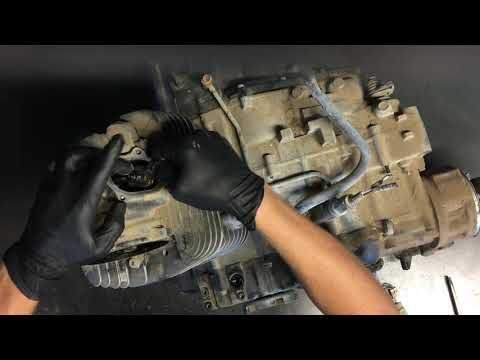 HOW TO - Yamaha Kodiak 400 Adjust the Valves Adjustment