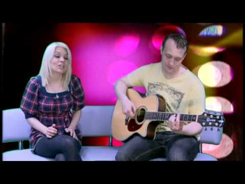 Exclusive: Hafdis Huld acoustic performance