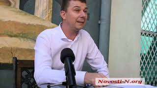 Конфликт в Степовом: адвокат рассказал о «титушках», вложениях инвестора и о том, чей урожай