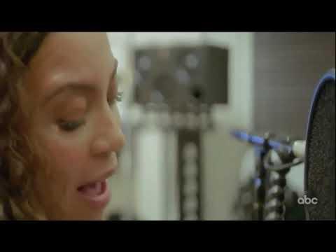 Beyoncé singing Spirit acapella & playing piano (Making The Gift)