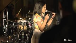 Jhene Aiko Performs 'Space Jam'  Live Bytes
