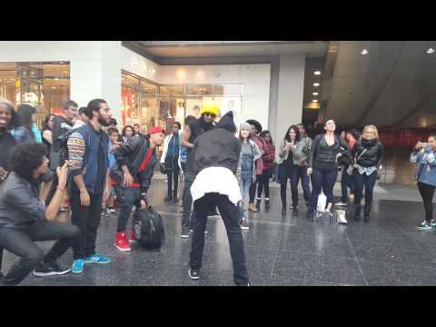 Les Twins Hollywood and Highland 2015
