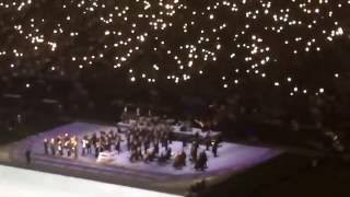 Wow. Chills. Prince's band members and MN Orchestra pay tribute to Prince w Purple Rain...