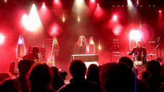"Beach House ""Lover Of Mine"" - Live Saint Malo 2010.02.19"