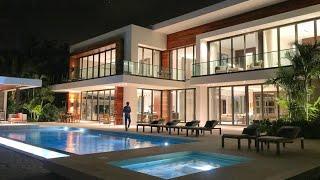 Miami's Finest in Luxury - Julian Johnston - Million Dollar Listing