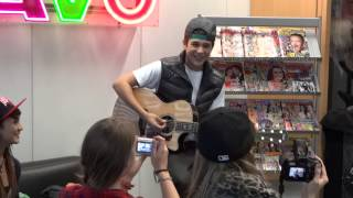 Austin Mahone singing Let me Love You/ Say Somethin in Germany