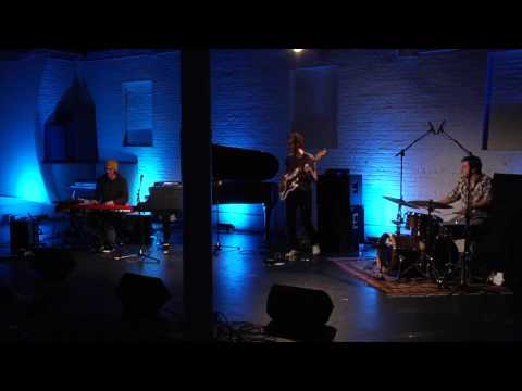 Parc X trio, The Russian Spy, Live in New York online metal music video by PARC-X TRIO