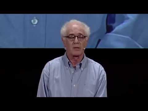 Pediatra y genetista, Víctor Penchaszadeh investigó los lazos de parentesco para probar identidades genéticas de los hijos de padres desaparecidos durante la dictadura. Amigo de las Abuelas, en TEDx Río de la Plata expuso sobre derecho humanos y genética.