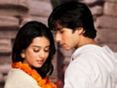 Vivah 6/16 - With English Subtitles - Shahid Kapoor & Amrita Rao