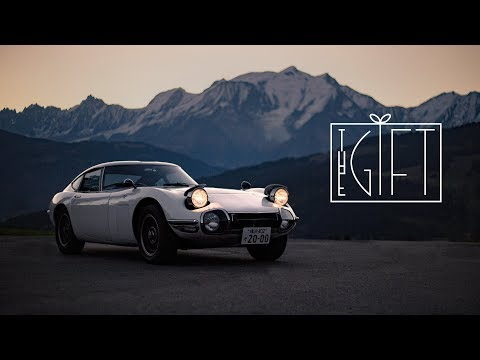 ⁣1967 Toyota 2000GT: A Generational Gift