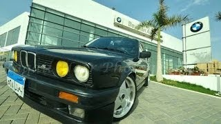 preview picture of video 'Ahmed Dubai Donuts & Burnouts with his BMW E30 - Egypt'
