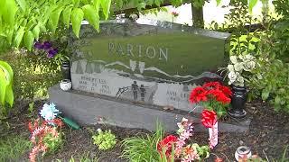 Robert & Avie Parton grave in Locust Ridge,Tn. Dolly Parton's parents
