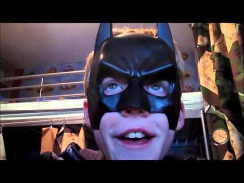 Batman Reacts To Thomas Sanders Vines! Vlog#2