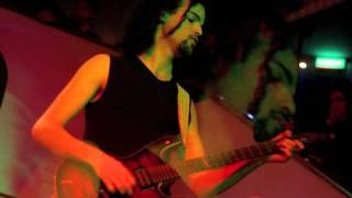 TWINSPIRITS - The Guitar Never Sleeps