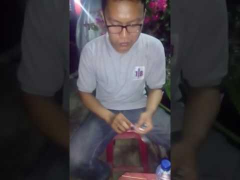 Video Mencicipi sate kikil cak dedy