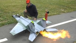 Top 10 BIGGEST RC PLANE Models That Are Totally Awesome