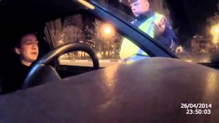 Накуренный за рулем издевается над инспектором ДПС  Россия
