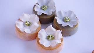 How To Make Floral Chocolate Covered Oreos- Rosies Dessert Spot