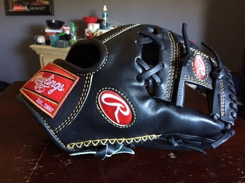 Rawlings Gold Glove Collection RG2002 11.5″ Glove HD