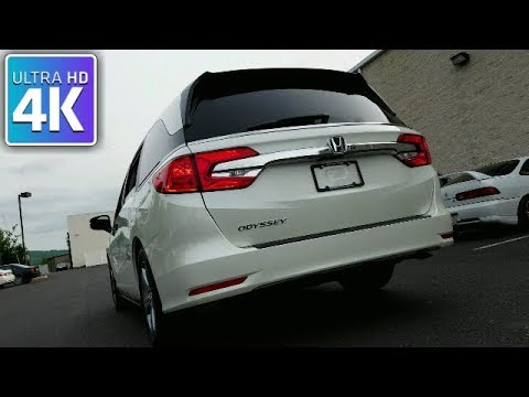 HONDA ODYSSEY - IN DEPTH WALKAROUND STARTUP INTERIOR EXTERIOR & TECH