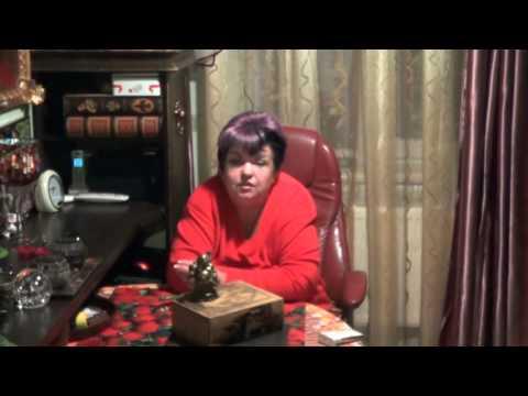 Как сделать из резинок талисман леди баг