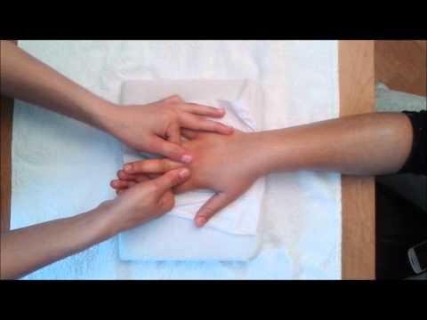 Quenduire pour laugmentation de la poitrine