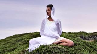 Gayatri Mantra // Yoga Meditation - 108 times, peaceful chanting by Julia Elena
