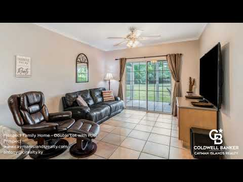 Family Home with Pool in Prospect