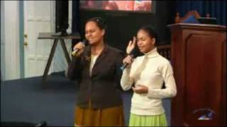 Sis. Grace & Meda Ellis   Worship The Lord   Alaba A Dios   Third Exodus Assembly
