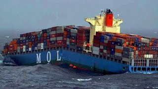How it looks inside Container Ship (Amazing Video Tour)