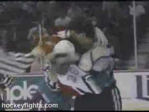 Todd Ewen vs. Bob Probert