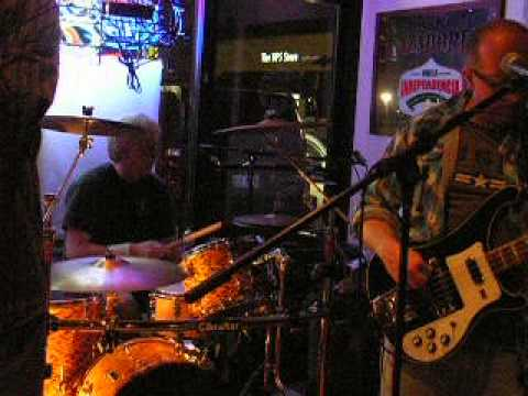 "Freehouse Bluesband ""Tobacco Road"""