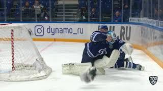 Иван Бочаров получает травму после столкновения с Кутейкиным