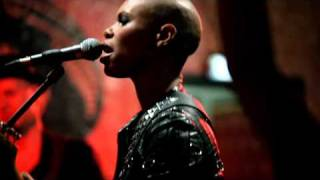 Skunk Anansie - You Saved Me (Official Video)