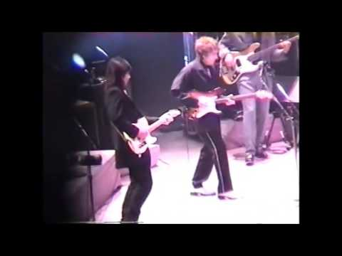 Bob Dylan- Gotta Serve Somebody (Live)