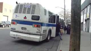 preview picture of video 'MTA Bus: 1996 Nova-RTS Q37 Bus #8964 at Jamaica Ave-111th St'