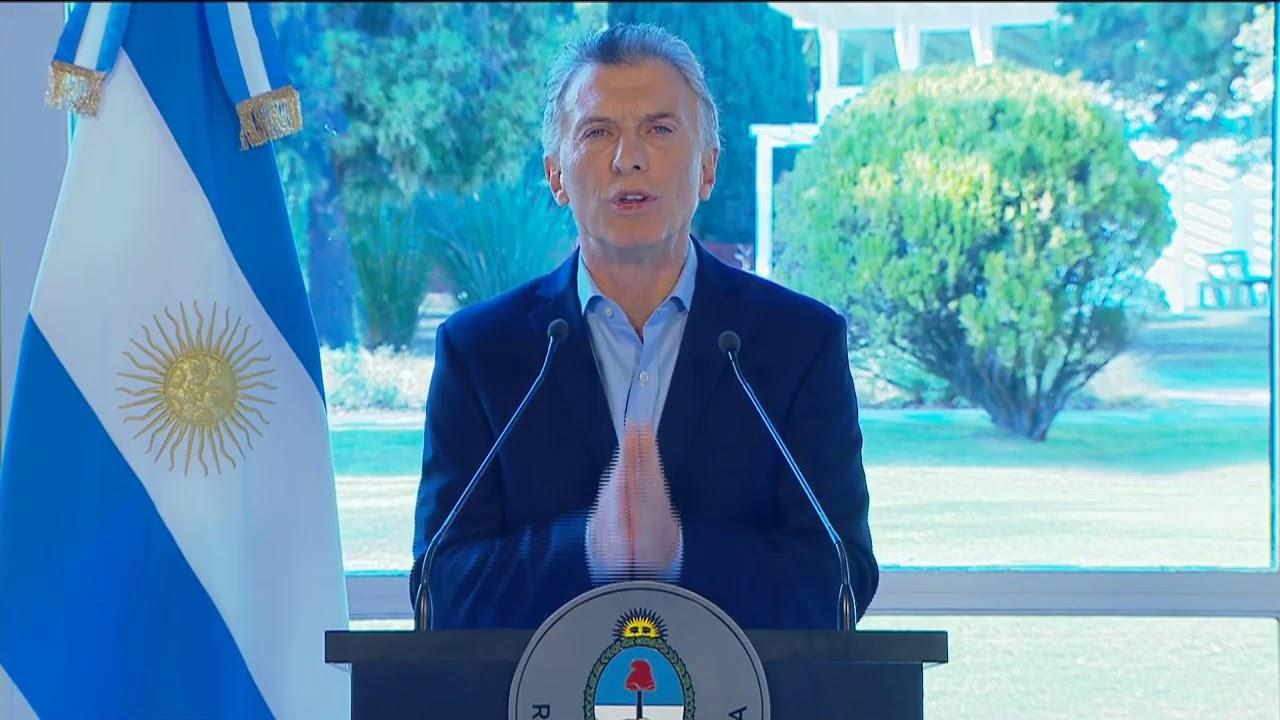 Macri le pidió perdón a los votantes por haberlos culpado de la crisis
