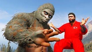 Recep İvedik Ormanda İkiz Kardeşi Koca Ayak ile Karşılaşıyor (GTA 5 Komik Anlar)