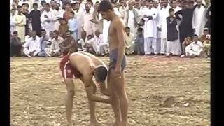 preview picture of video 'Kabaddi Match Habib Chowk Part 1-4'
