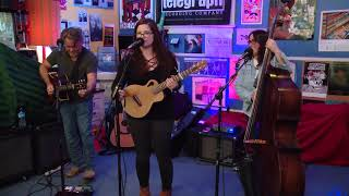 Live Lunch Break: The CarLeans