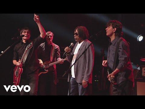 Música Para Lennon e McCartney (part. Milton Nascimento)