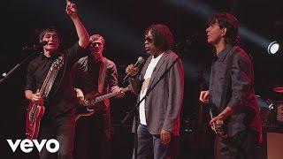Samuel Rosa, Lô Borges   Para Lennon E McCartney (Video Ao Vivo) Ft. Milton Nascimento
