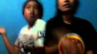 preview picture of video 'video lucu lipsing ( NIRMALA )'