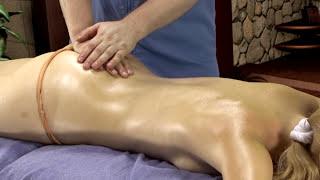 Смотреть онлайн Урок как делать расслабляющий массаж всего тела