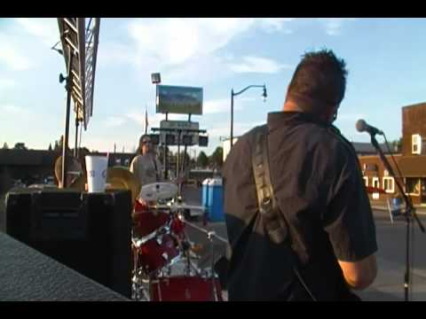 Dropstereo - On With the Pain - Live @ Brucestock 2012 7/28/12
