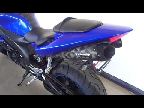 2005 Yamaha YZF-R1 in Chula Vista, California - Video 1