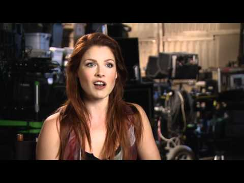 Piranha 3DD Featurette 'The Making of Piranha 3DD'