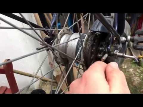 Hinterrad ausbauen Hollandrad Laufrad wechseln Nabenschaltung Sachs Spectro P5 Gazelle Anleitung