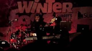 WinterFest - Eva Avila - Give me the music